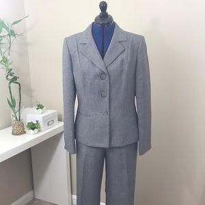 LeSuit Grey size 10